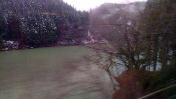 沿線は冬模様