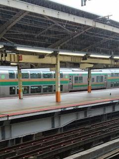 横浜駅で土砂降り