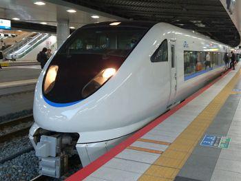 新大阪よりサンダーバード