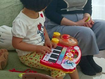 ピアノで歓迎?