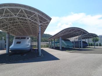 鉄道総研の新幹線保存場所