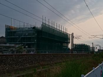 夕方の線路沿い