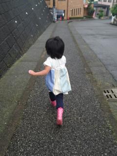 雨でも元気に走る