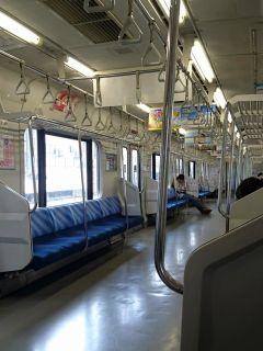 横須賀線ガラガラ