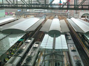 大阪駅,時空の広場より