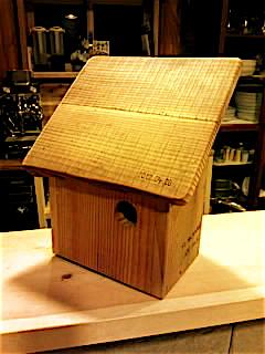トリの木箱