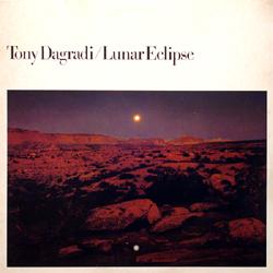 Lunar Eclipse / Tony Dagradi