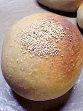 「白あん」入りのパン