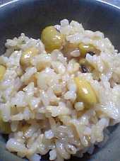 「青大豆」入りの玄米ご飯