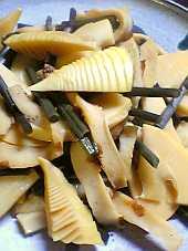 昔ながらの蕨と筍の煮物