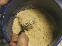 洗双糖とドライイーストを混ぜる