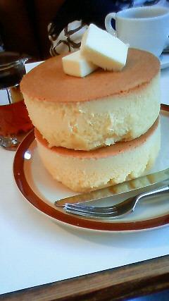 イワタコーヒー店のホットケーキ