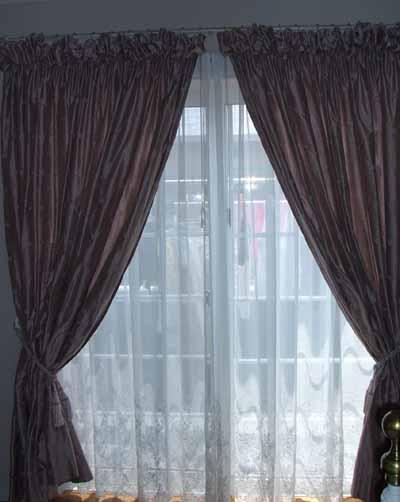 パフカーテン