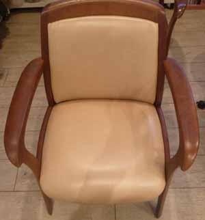 椅子張替え前