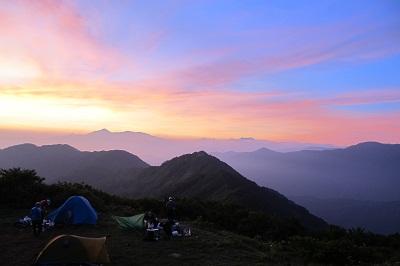 230718栂海山荘の夜明け
