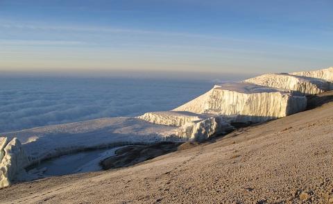 230809キリマンジャロの氷河