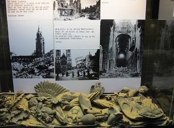 240502爆撃の展示