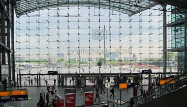 240504ベルリン中央駅