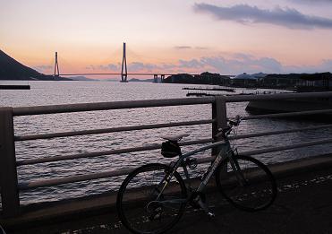 241125多々羅橋の夜明け