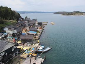 20140420ツインブリッジ下の漁村