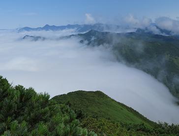 20150808神威岳から日高山脈