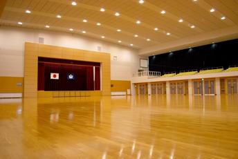 由利本荘市総合体育館