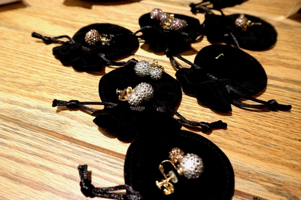 【JULICA ジュリカ】swarovski earrings-MYBONBON. スワロフスキーイヤリング「マイボンボン」、伊勢丹LADIES & GENTLEMENにて。