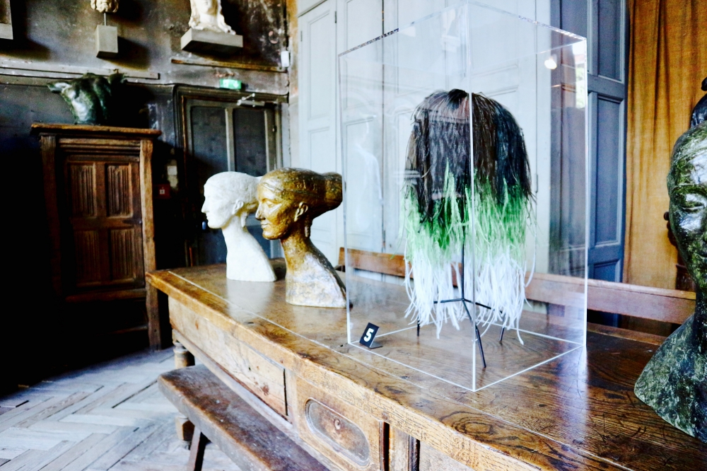 【JULICA ジュリカ】ジュエリーデザイナーゆり香のジュエリー&ファッションコーデ、撮影、パリ、バレンシアガ。