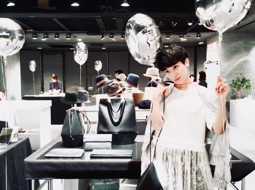 【JULICA ジュリカ】ジュエリーデザイナーゆり香のジュエリー、イヤリング、ファッションコーデ、東京、lights。