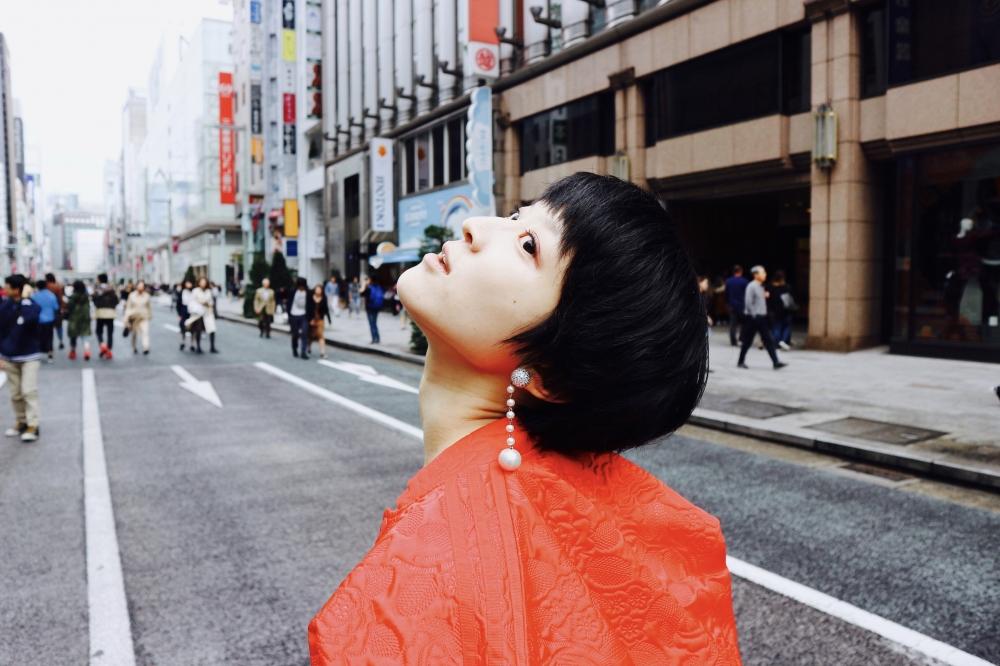 【JULICA ジュリカ】ジュエリーデザイナーゆり香のジュエリー、イヤリング、ファッションコーデ、東京、銀座三越、赤コーデ。