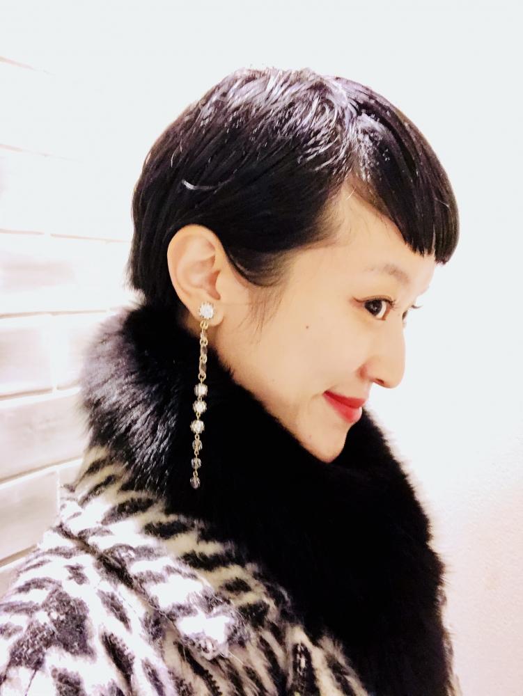 【JULICA ジュリカ】ジュエリーデザイナーゆり香のジュエリーとイヤリングのファッションコーデをご紹介、映画ドリス・ヴァン・ノッテンへ。