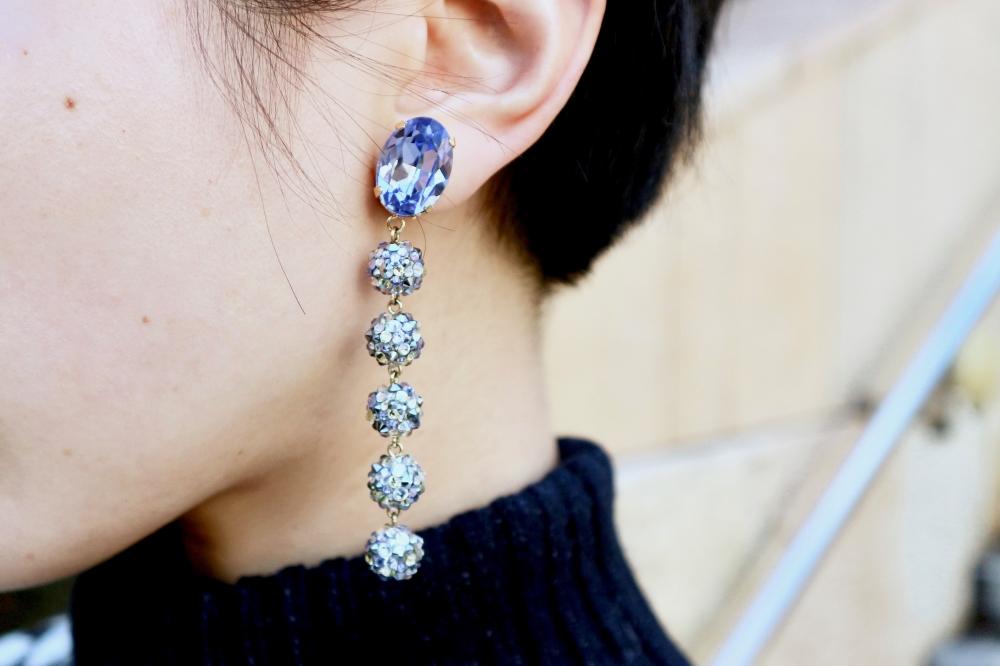 【JULICA ジュリカ】ジュエリーデザイナーゆり香のジュエリーとイヤリングのファッションコーデや大好きな銀座を紹介するブログです。モノトーンファッションにカラフルなイヤリングのコーデをご紹介。
