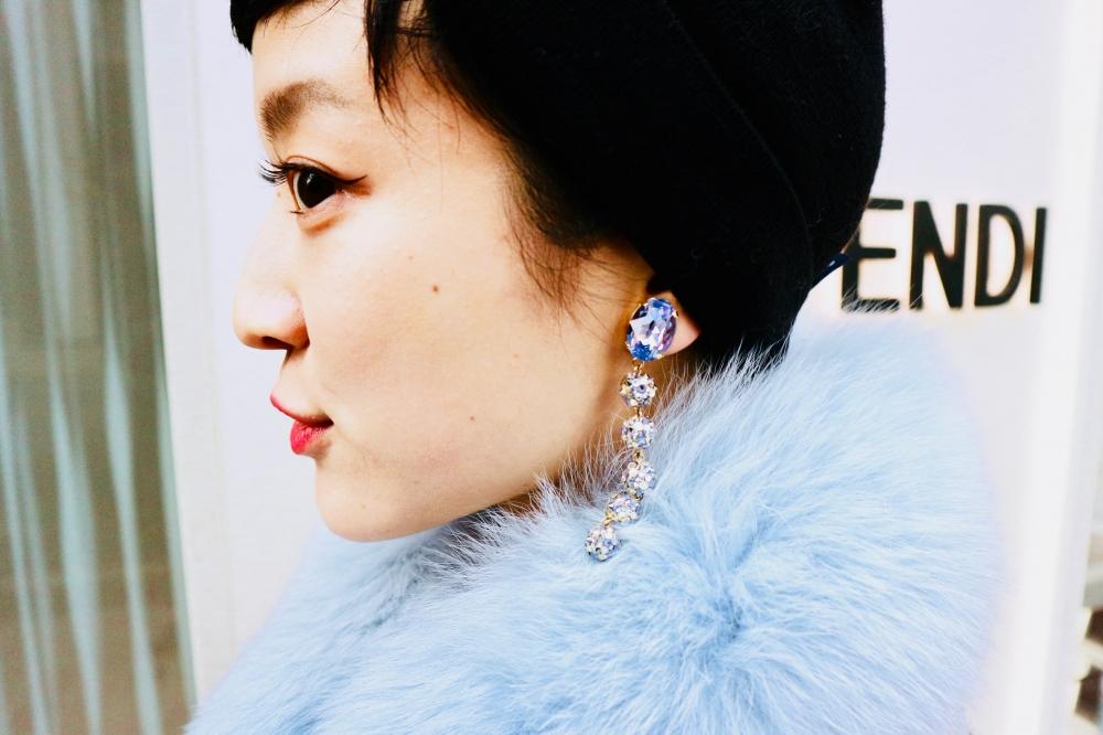 【JULICA ジュリカ】ジュエリーデザイナーゆり香のジュエリーとイヤリングのファッションコーデや大好きな銀座を紹介するブログです。さむい日が続くけど、明るいカラーのデニムで気分もるんるん♡