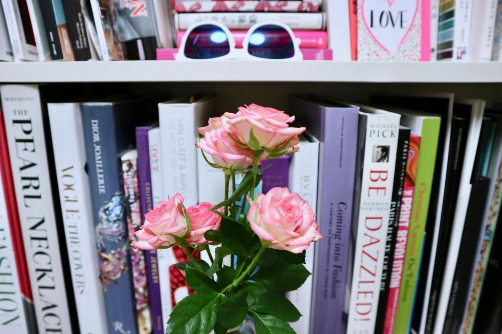 【JULICA ジュリカ】ジュエリーデザイナーゆり香のジュエリーとイヤリングのファッションコーデや大好きな銀座を紹介するブログです。今日は自宅のフラワーをご紹介。