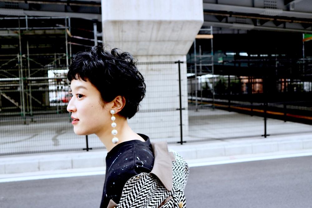 "【JULICA ジュリカ】ジュエリーデザイナーゆり香のジュエリーとイヤリングのファッションコーデや大好きな銀座を紹介するブログです。パールイヤリング""スウィンギン4""のコーデ。イヤリングを耳元でスウィングさせて、今日も駆け抜けろ。"