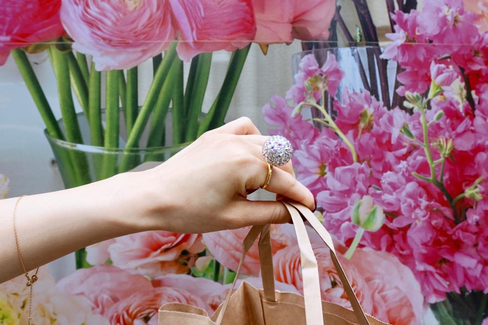 【JULICA ジュリカ】ジュエリーデザイナーゆり香のジュエリーとイヤリングのファッションコーデや大好きな銀座を紹介するブログです。キルフェボンのタルトを、銀座三越で買ったアンシャンテの南部鉄器と紅茶でいただきます。
