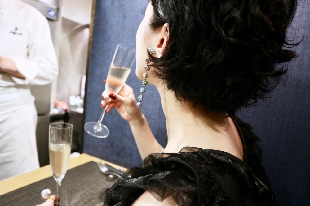 【JULICA ジュリカ】ジュエリーデザイナーゆり香のジュエリーとイヤリングのファッションコーデや大好きな銀座を紹介するブログです。隠れ家フレンチ、ル・レーブ・アンシュマン。