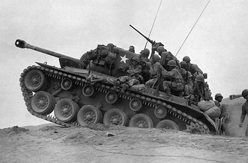 1024px-9th_Infantry_Regiment_tank_desant.jpg