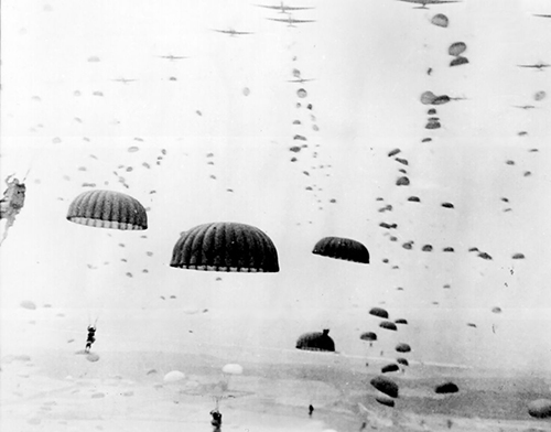 1280px-Waves_of_paratroops_land_in_Holland.jpg