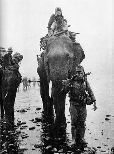 Japanese_troops_on_elephant_in_Burma.jpg