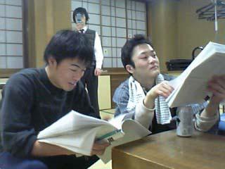 西先生と佐野君