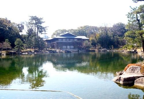 龍仙湖と観仙楼