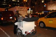 寒そうな人力自転車