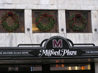 ミルフォードプラザホテルのリース