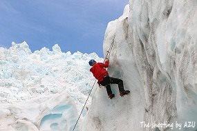 氷壁クライミング