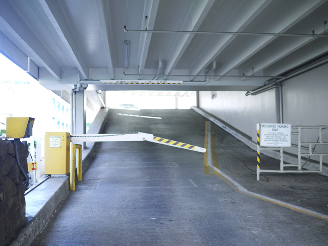 マリンサーフ 駐車場