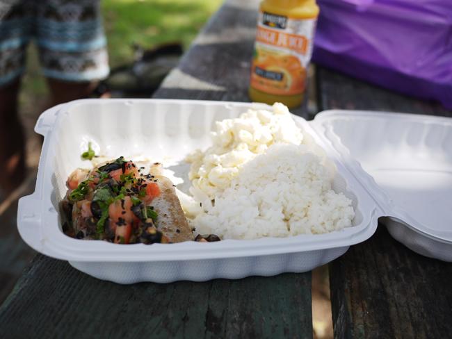ハワイ カカアコキッチン