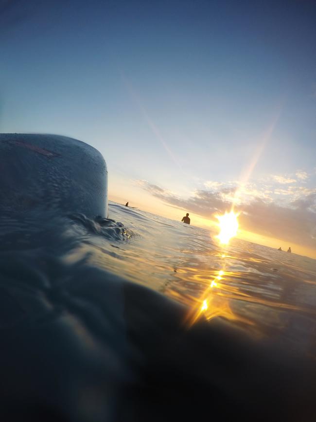 サーフィン ハワイカイ
