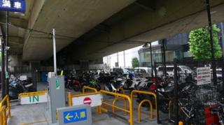 赤坂見附駐輪場