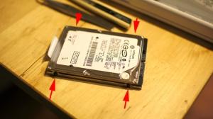 macbook 内臓HDDネジ